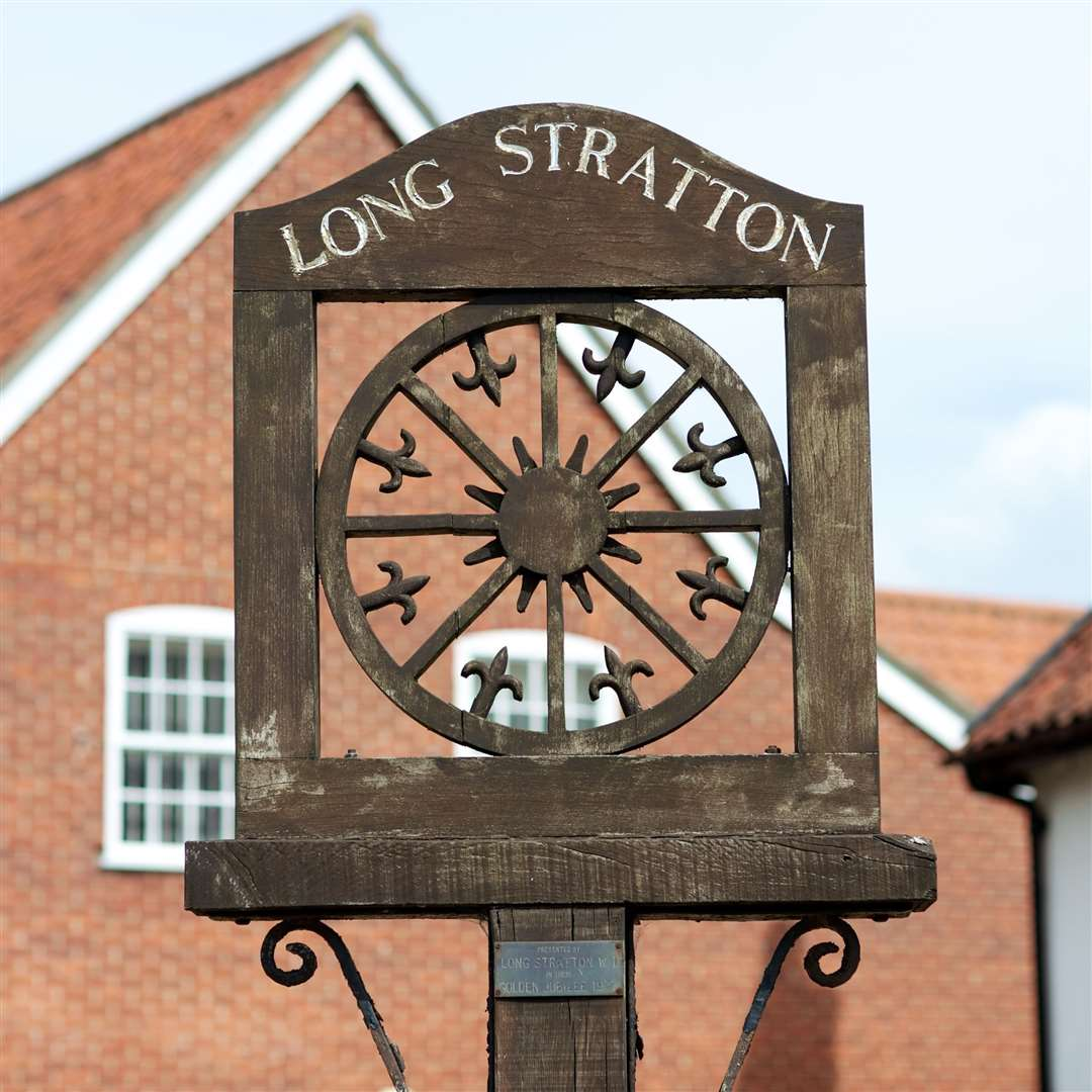 VILLAGE SIGN - LONG STRATTON. (9166798)
