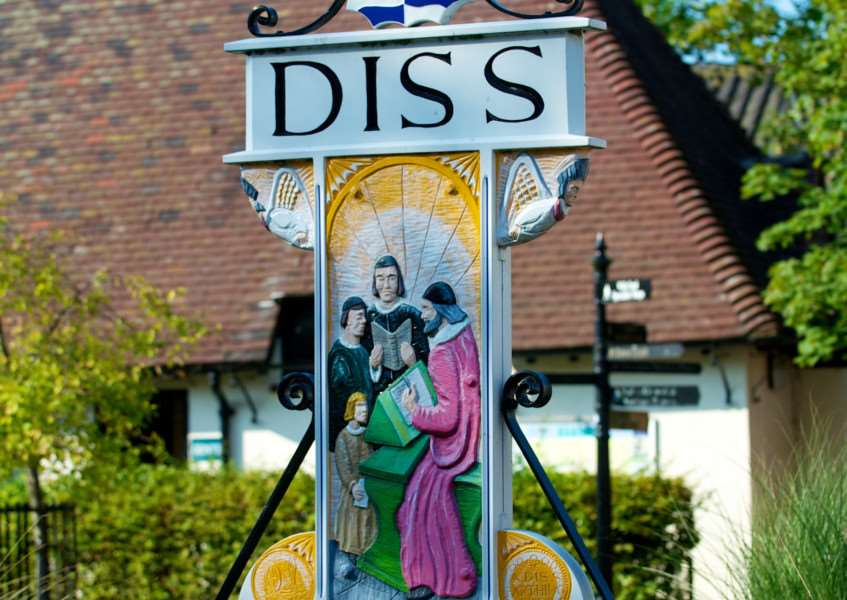 VILLAGE SIGN - DISS TOWN SIGN