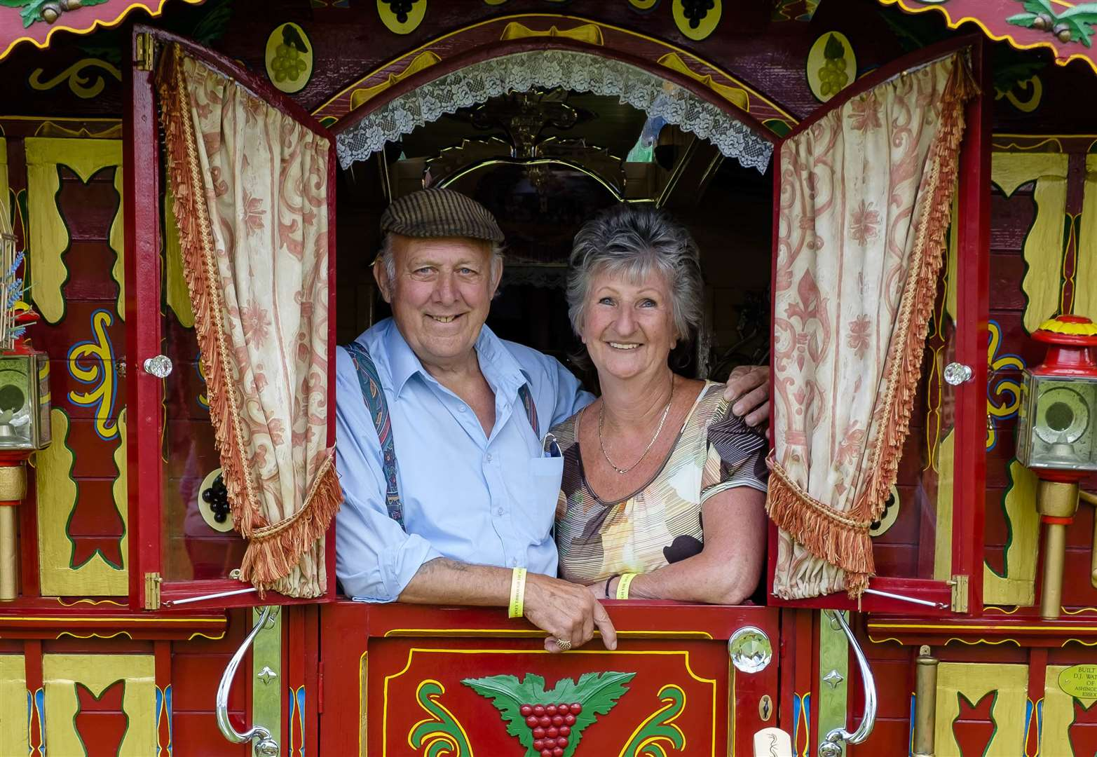 Thousands of visitors enjoy vintage rally and country fair