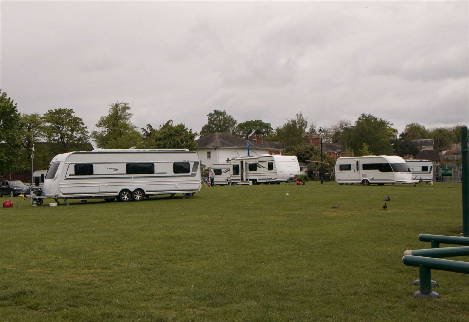 Travellers have until the end of Tuesday to leave Diss Park or face court action