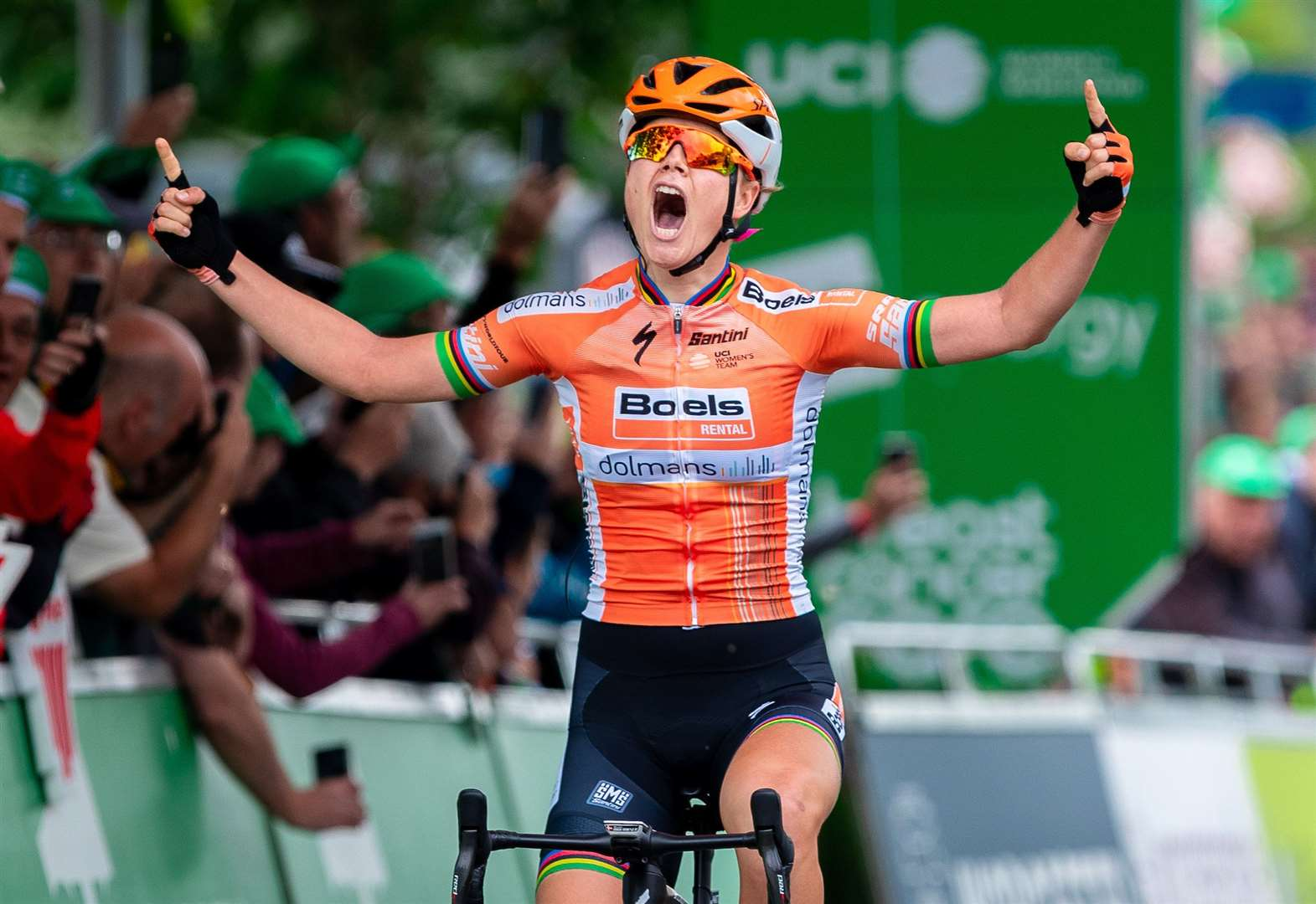 Trio sign up for Women's Tour