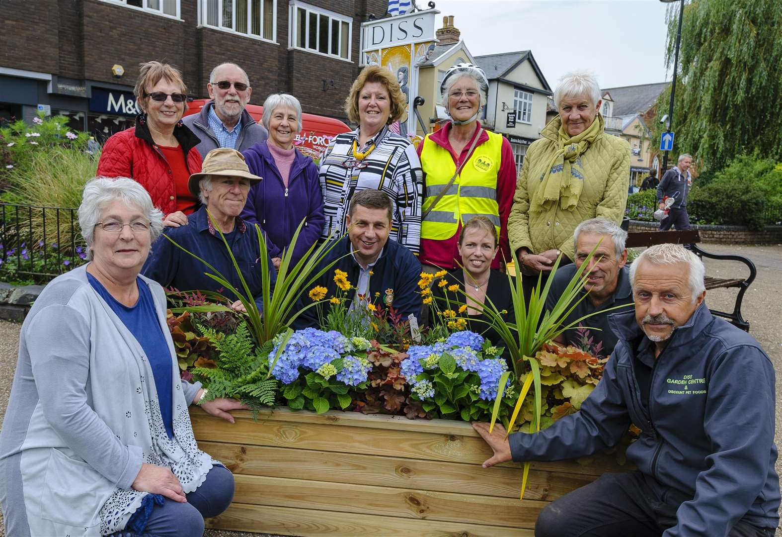 Former carnival organiser aims to line Diss highstreet with flowers