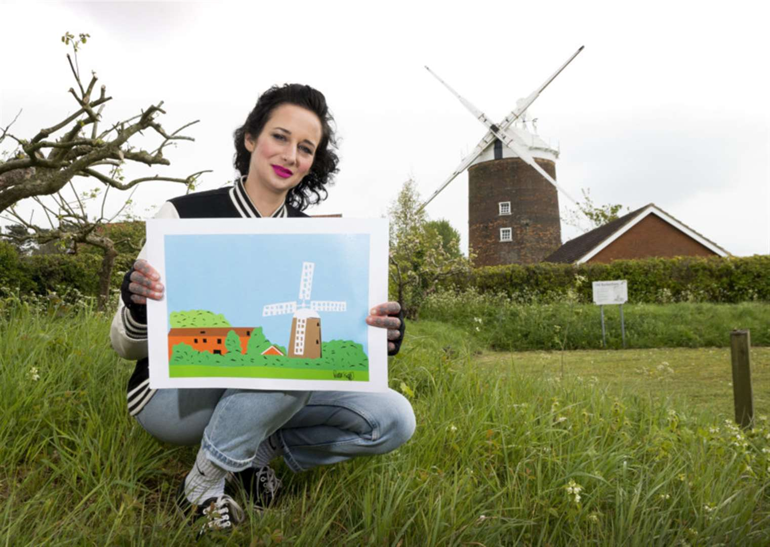 Norfolk artist calls for kids to draw for National Express art competition