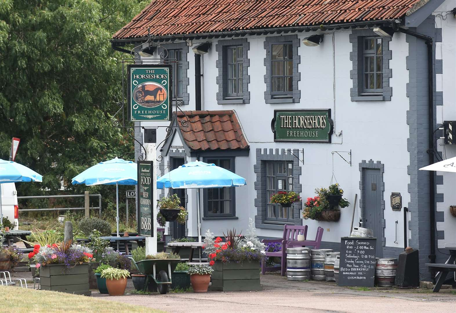 The Horseshoes in Billingford regains top rating
