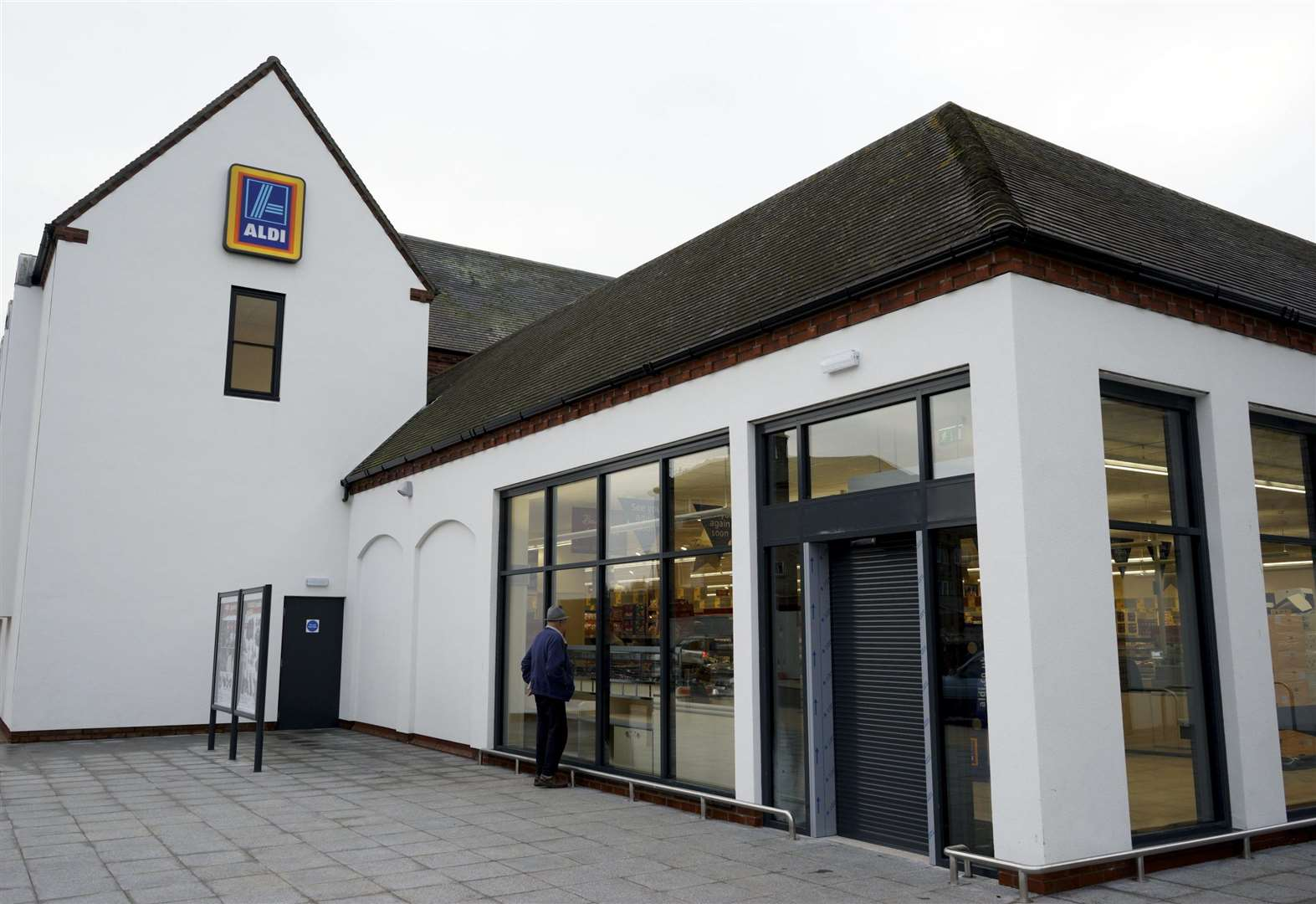 Aldi launches packaging-free trial in Diss