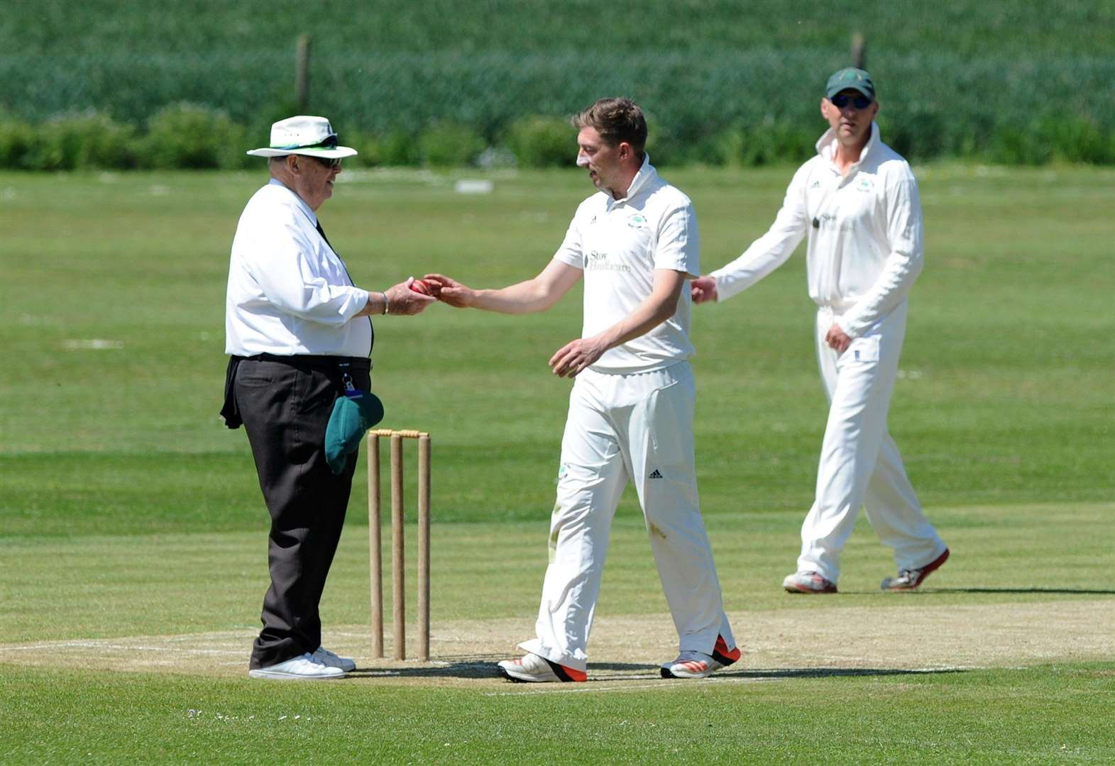 Batting collapse ends any chance of Walsham victory