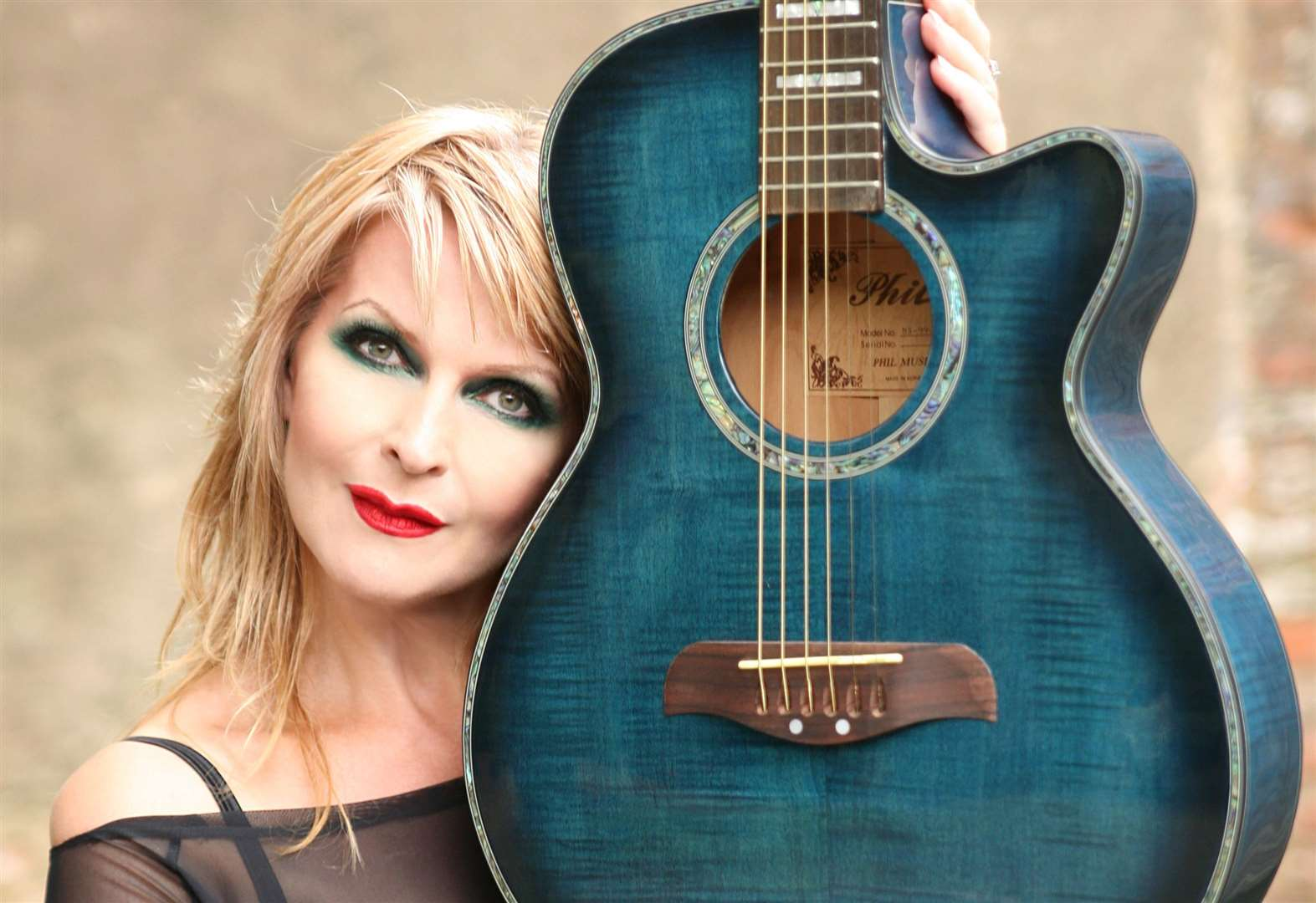 Toyah heads to Diss