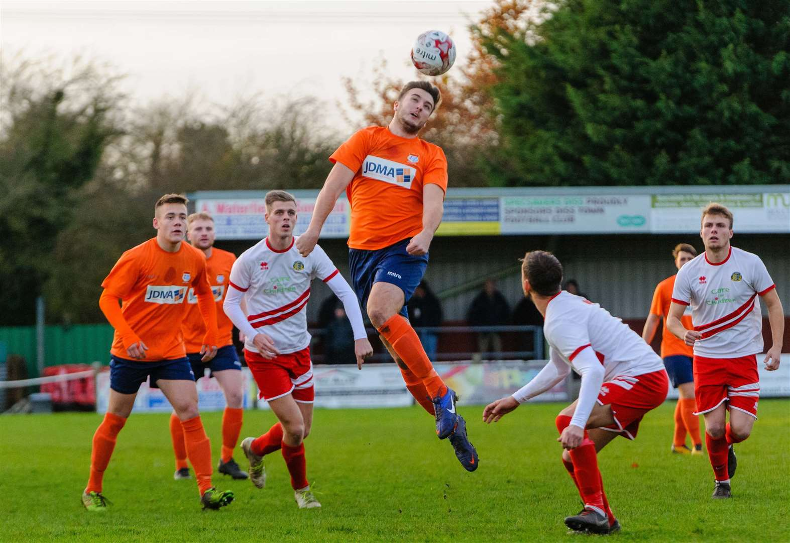 Ten-man Tangerines up to fourth
