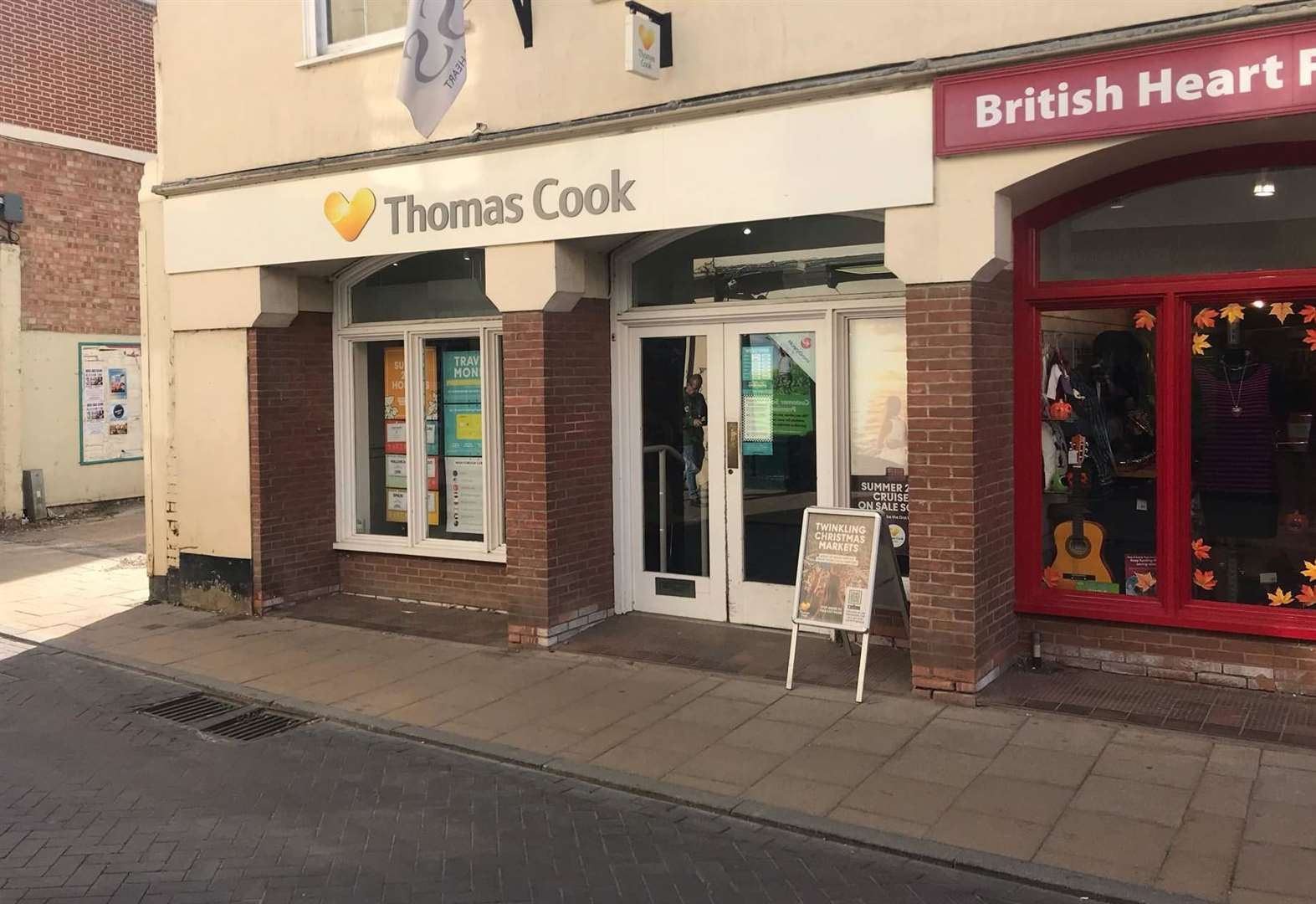 Travel firm to buy former Thomas Cook branches