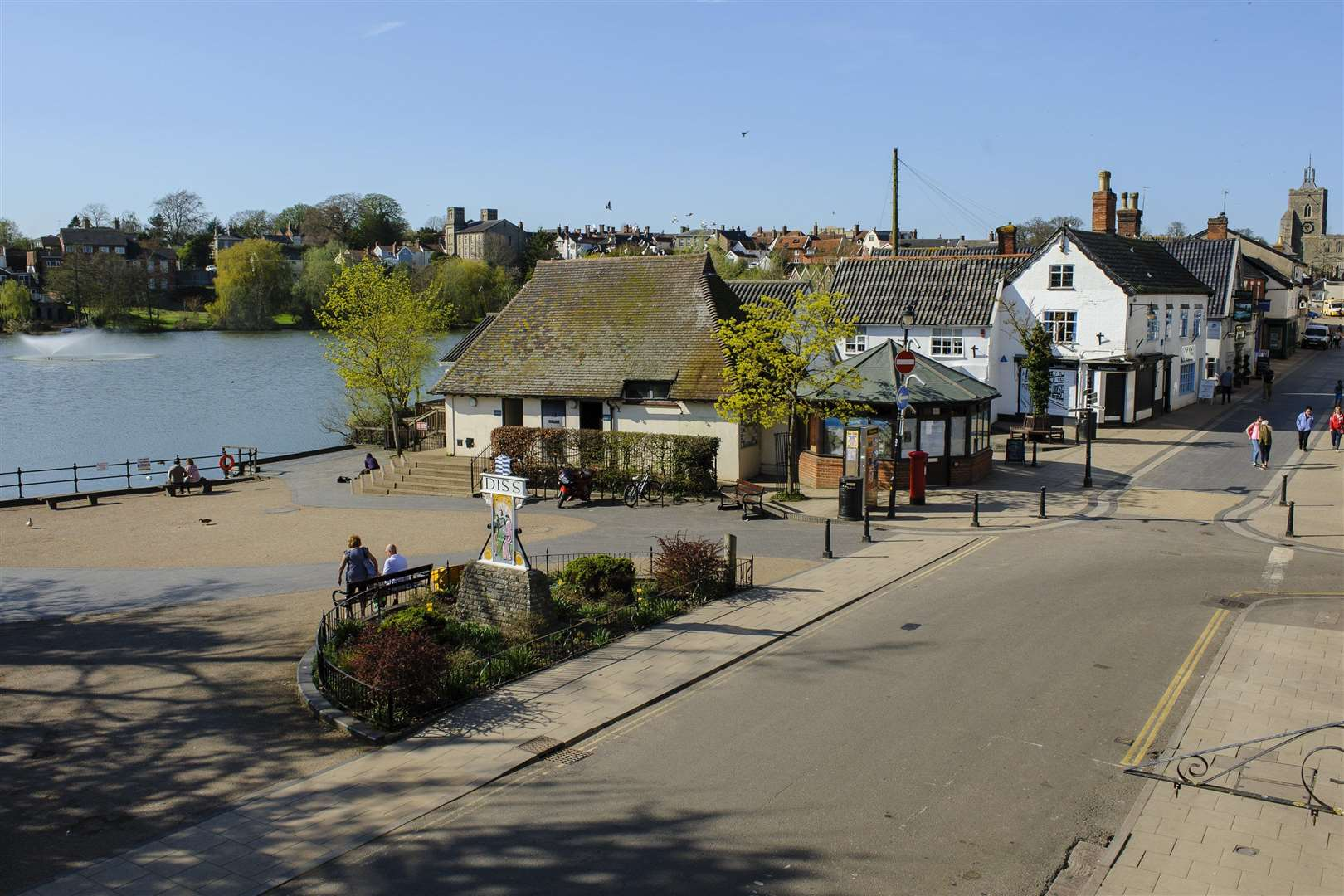 Diss, Norfolk. Mere's Mouth in Diss. Picture: Mark Bullimore Photography (2348879)