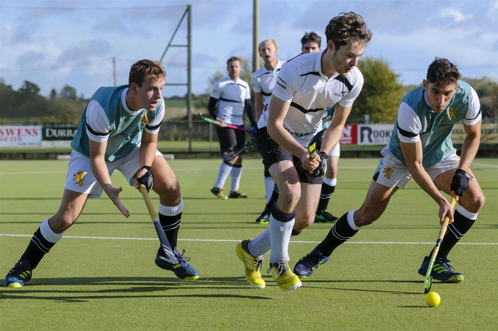 Weybread, Suffolk, UK, 27 October 2018..Hockey action from Harleston Men's 1 v Cambridge University...Picture: Mark Bullimore Photography. (5053023)