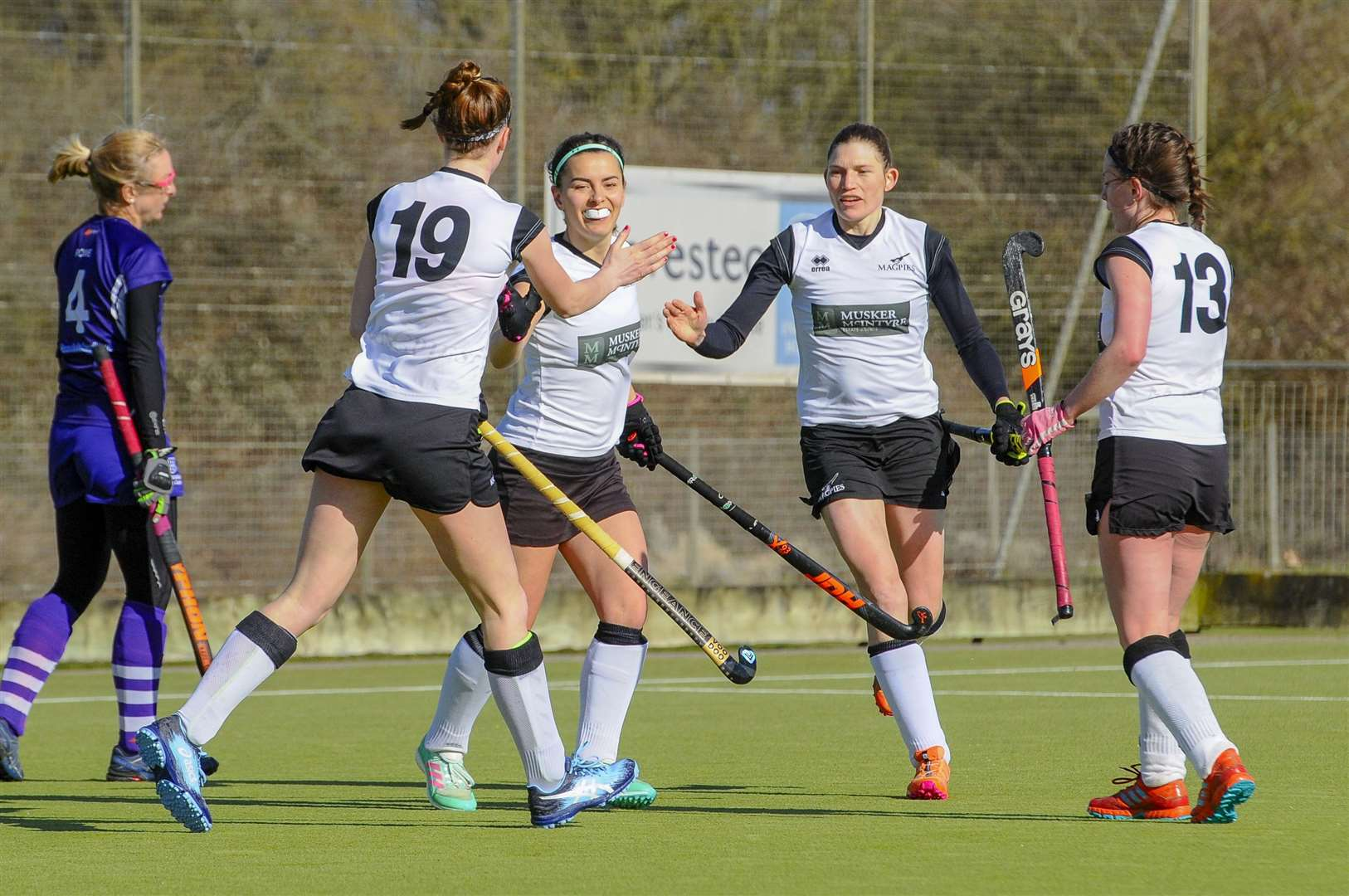 Hockey action from Harleston Magpies Ladies I v Sevenoaks....Picture: Mark Bullimore Photography. (17529709)