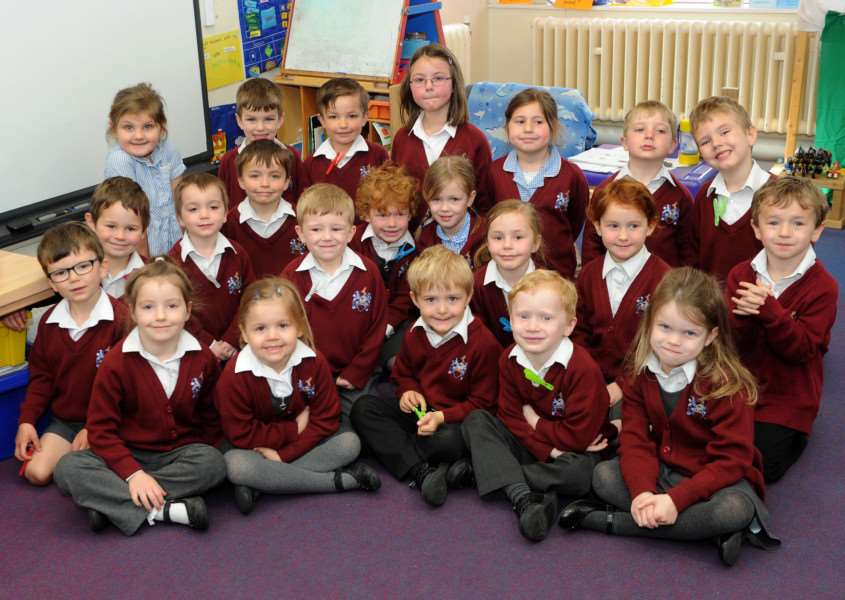Class of the week - Sir Robert Hitcham CEVAP Primary School ANL-160420-121458009