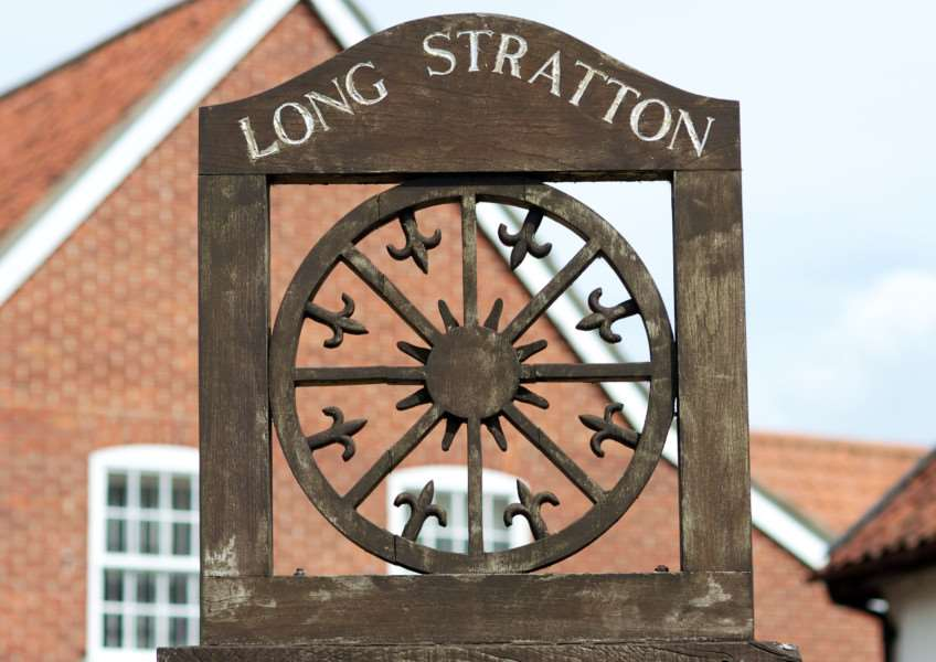 VILLAGE SIGN - LONG STRATTON