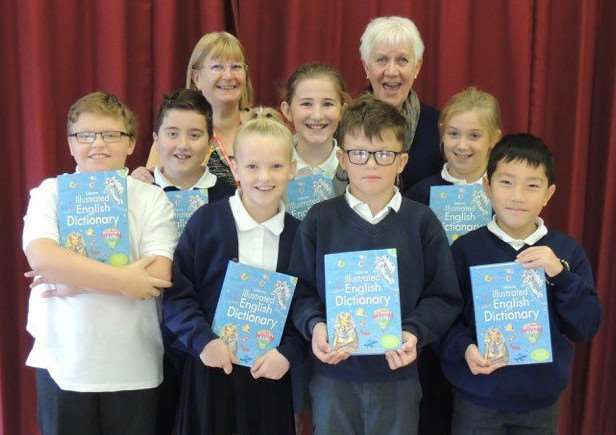 Year five Diss Junior School pupils were gifted 39 Dictionaries4Life by Diss Waveney Rotary Club President Janet Turner and Club member Linda Hewlett Parker. Submitted picture.