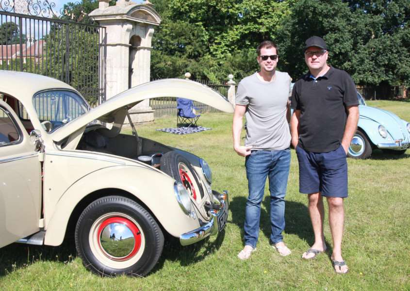 Dan Marney and Scott Furness with their Beetles ANL-160808-084612005