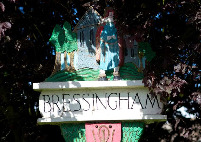VILLAGE SIGN - BRESSINGHAM ENGANL00120121029155121