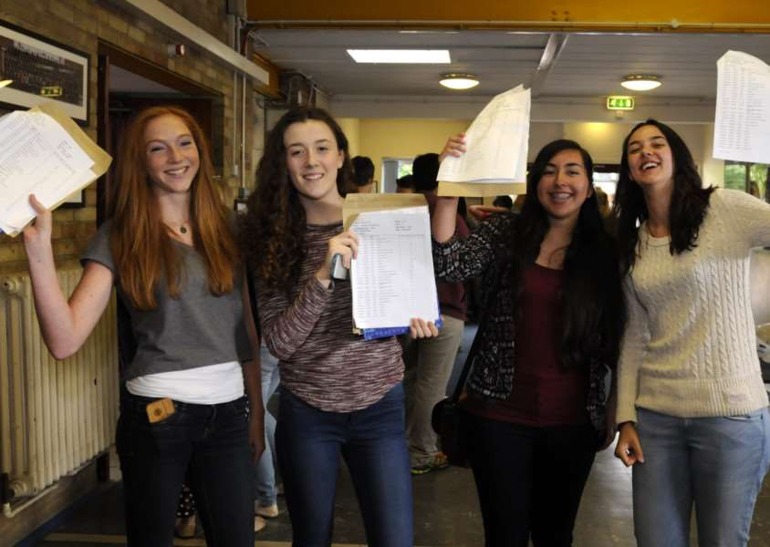 GCSE results at Diss High School. ANL-150820-112536005