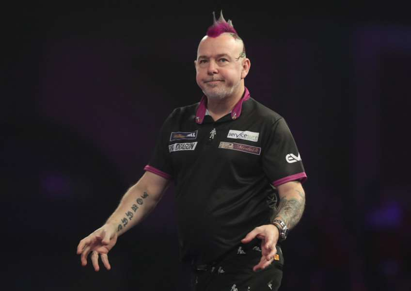 SHOCK DEFEAT: Peter Wright beaten at 2018 World Championship by qualifier (Picture: Lawrence Lustig/PDC)