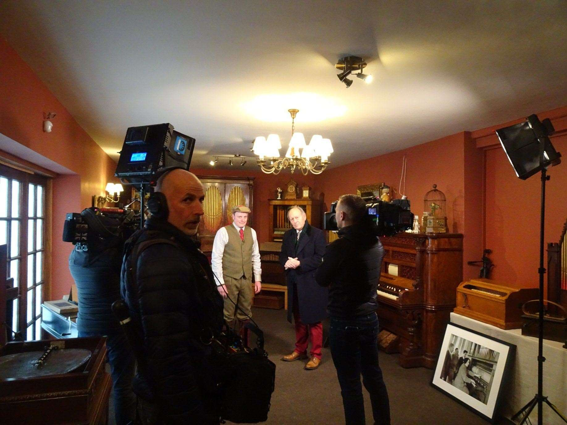 The Bargain Hunt team spent around five hours filming at the Grange Musical Collection in Palgrave.(34378955)