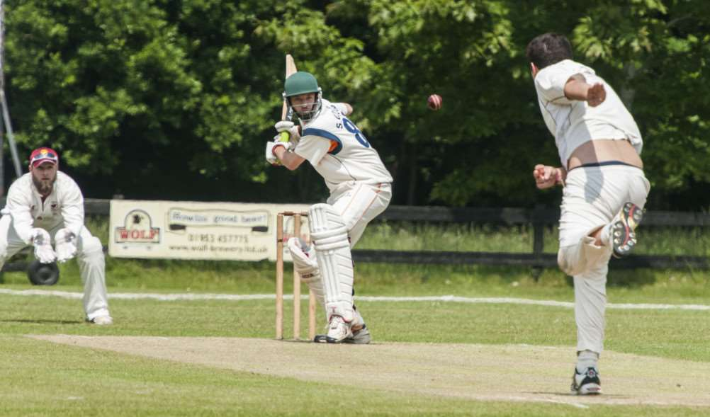 Cricket - Old Buck v Diss. Old Bucks' Glen Meredith bowls. Diss' Simon Cooper in bat. ANL-160406-212405006