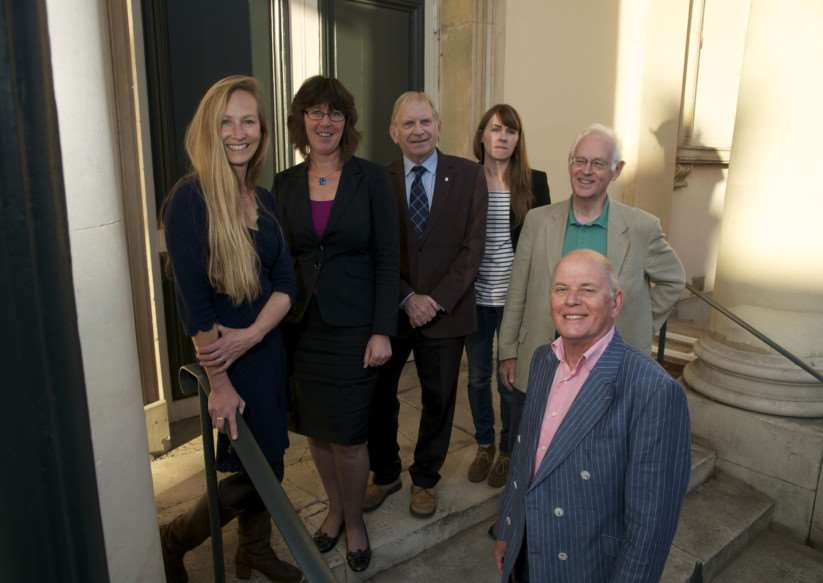 Diss, Norfolk. Diss Partnership group who've been awarded �2.7M for the DIss Heritage Triangle pictured from left Angela Sykes, Deborah Sarson, Glyn Walden, Glynne Lloyd-Davis, Jessica Wythe and Dave Case ANL-140925-153957009