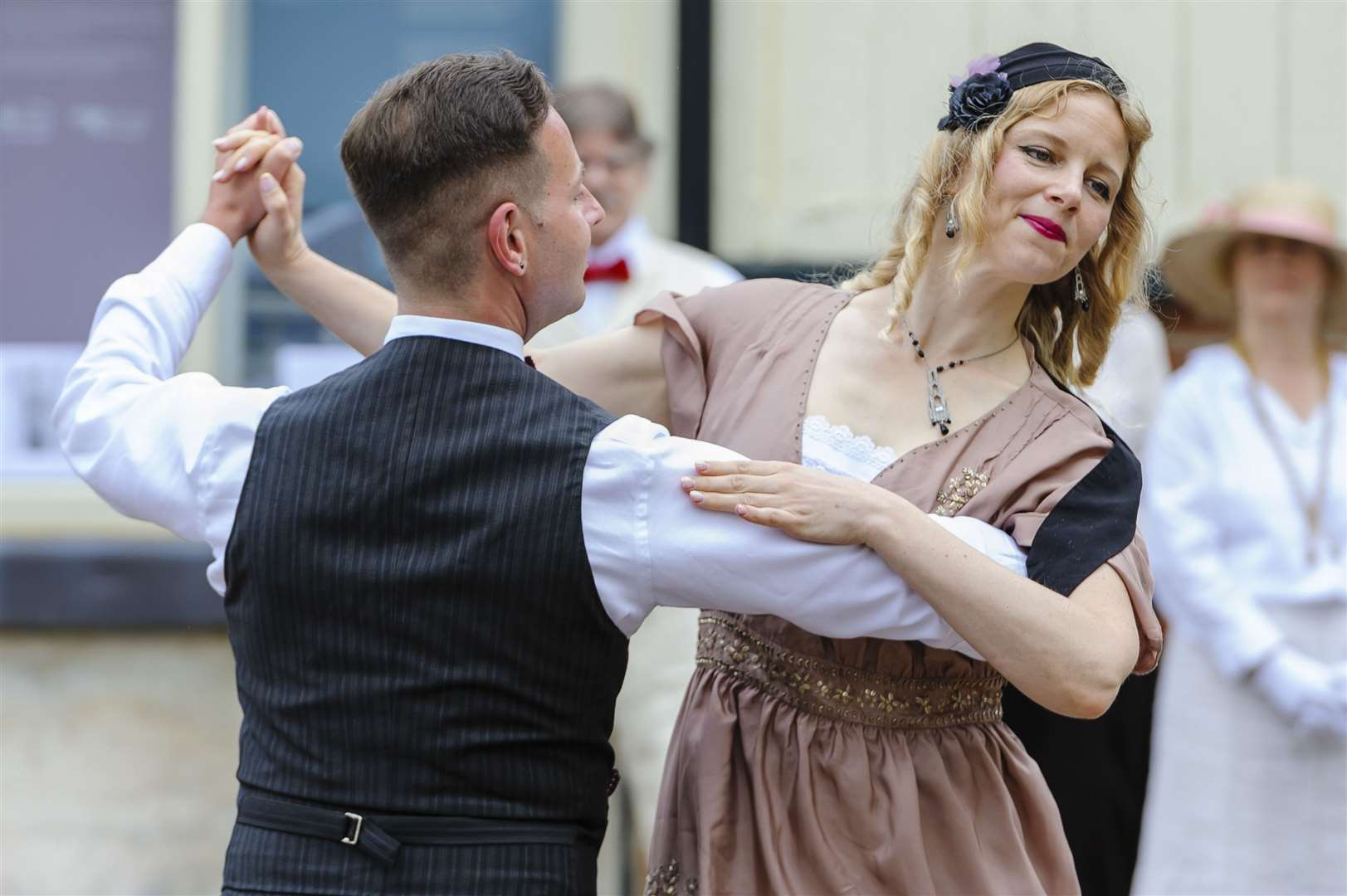 Zargowski dancers celebrated in Diss