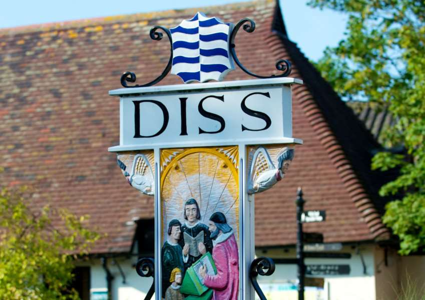 VILLAGE SIGN - DISS TOWN SIGN ENGANL00120140601120721