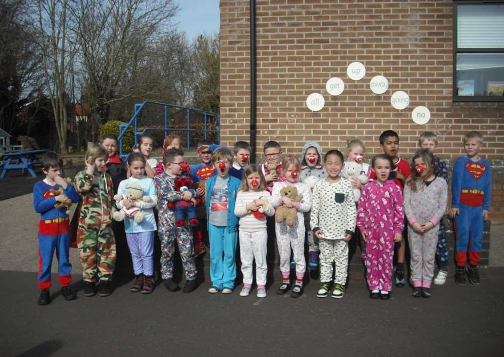 Diss Infants School Red Nose Day 2015 ANL-150320-144159001