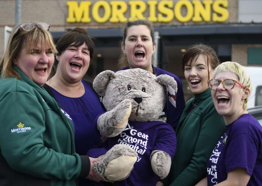 Diss, Norfolk. Fund-raising money at Morrisons in Diss for Great Ormond Street Hospital by the staff and pupils of Diss Junior School. Pictured from left Pam Leeder, Sharon Handley, Sharon Eakers, Lauren Bulley and Michaela Sano. ''Picture: MARK BULLIMORE ANL-161214-115918009