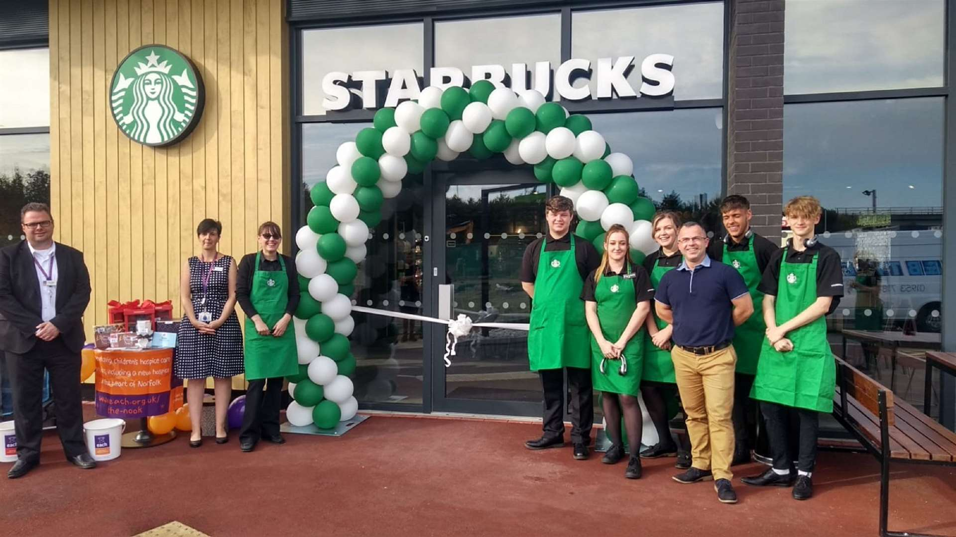 A new Starbucks drive-thru has opened in Snetterton.