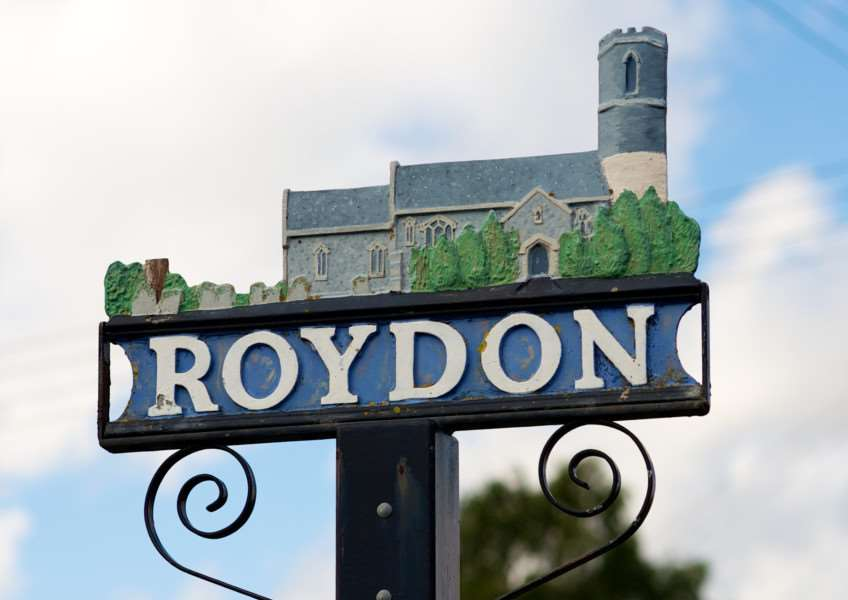 VILLAGE SIGN - ROYDON
