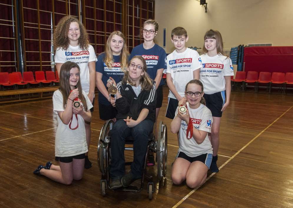Paralympian Fran Williamson talks to pupils at Stradbroke High School. ANL-151102-185158005