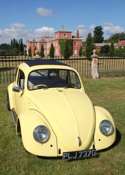 A late 1960s Beetle poses in front of Euston Hall ANL-160808-083857005