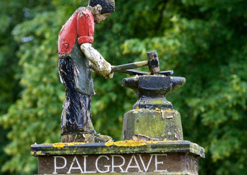 VILLAGE SIGN - PALGRAVE