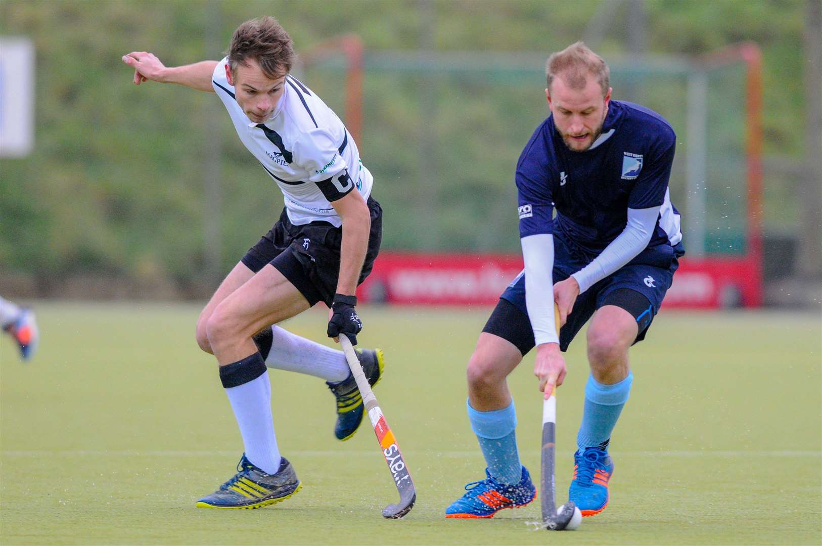 Hockey action from Harleston Magpies Men's 1st v West Herts - Tom Ridley..Picture by Mark Bullimore Photography. (6022313)