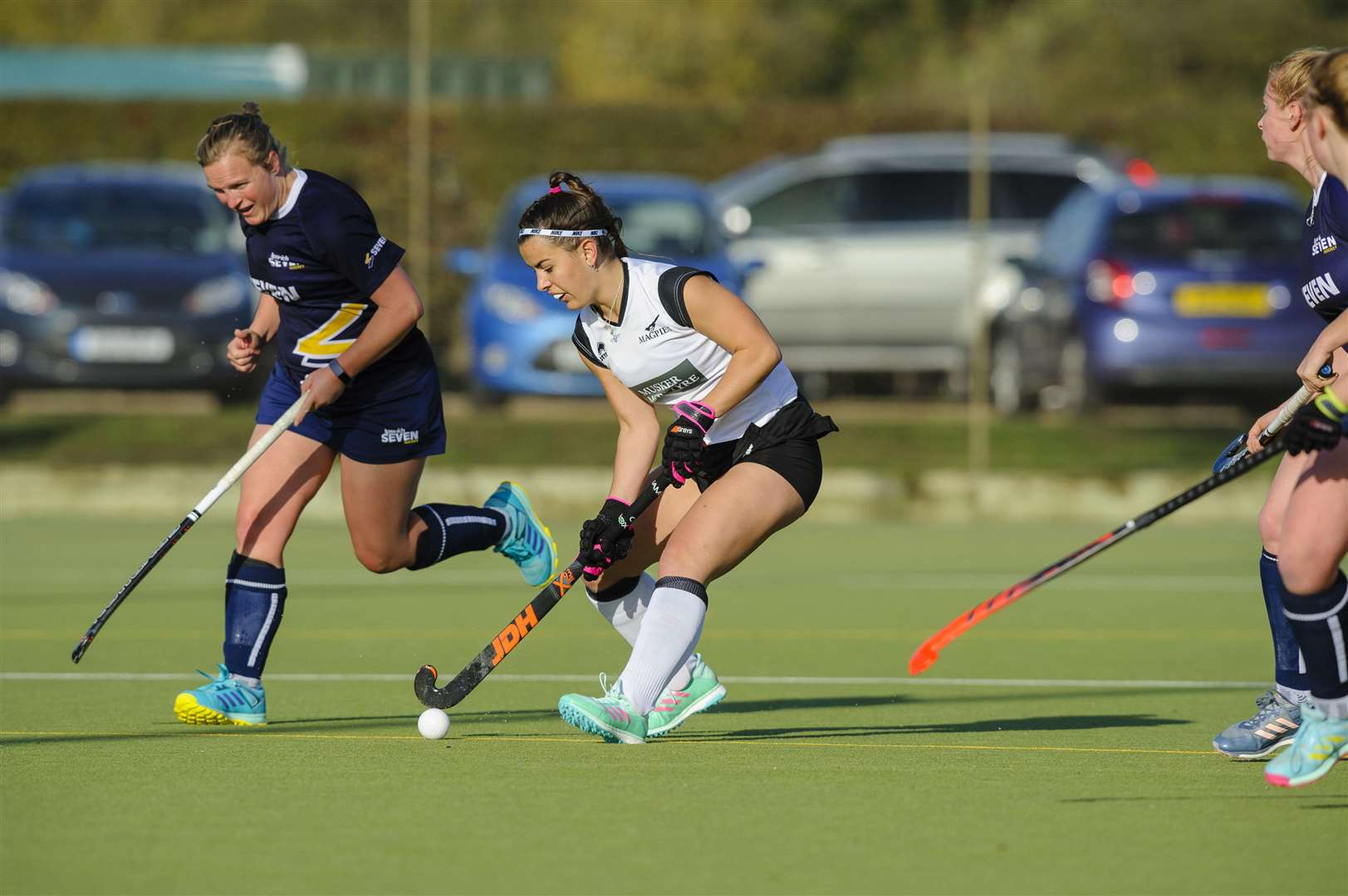 Weybread, Suffolk, UK, 03 November 2018..Hockey action from Harleston Magpies Ladies I v Ipswich, Lauren Rowe...Picture: Mark Bullimore Photography. (6384564)
