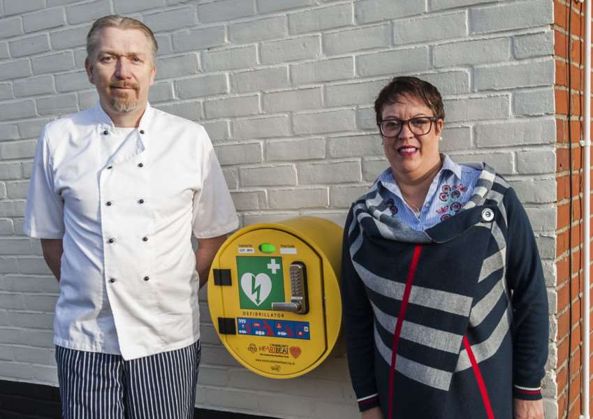 Chris and Liz Shore have spent 2017 fundraising for the Waveney First Responders, and have a defibrillator fitted at their Wortwell Bell pub.