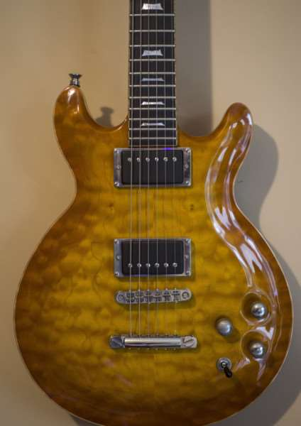 The LAG Roxane 3000 Master guitar stolen from a property in Diss. Picture: South Norfolk Police.