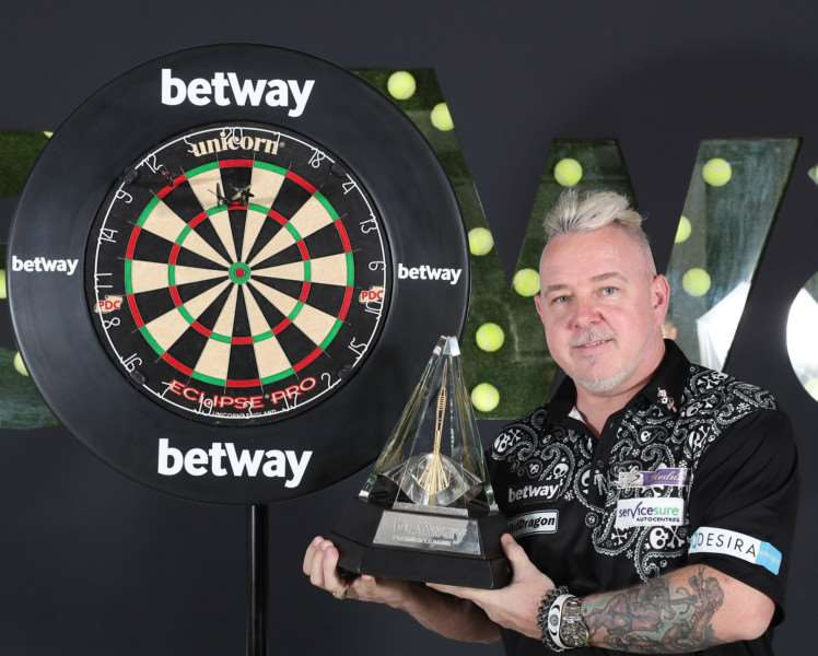BIG NIGHT: Peter Wright. Picture: Lawrence Lustig