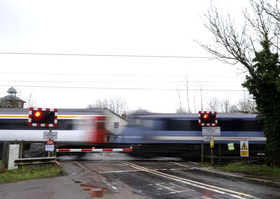Mellis level crossing. Network Rail want to close ALL the crossings between Norwich and London.