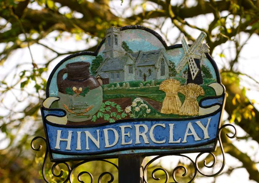 VILLAGE SIGN - HINDERCLAY ENGANL00120121029160233