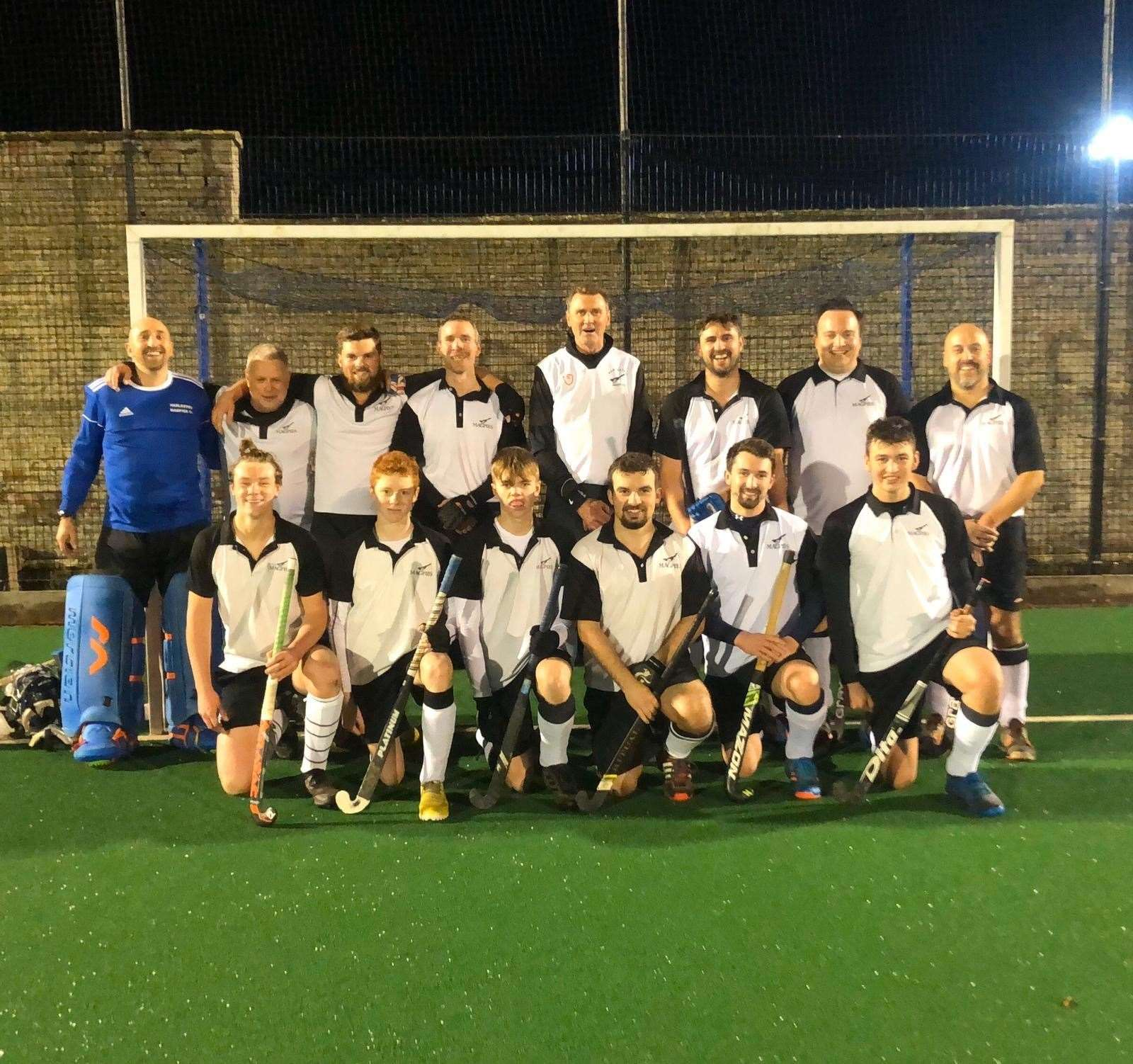 Harleston Magpies Men's IV (33034387)