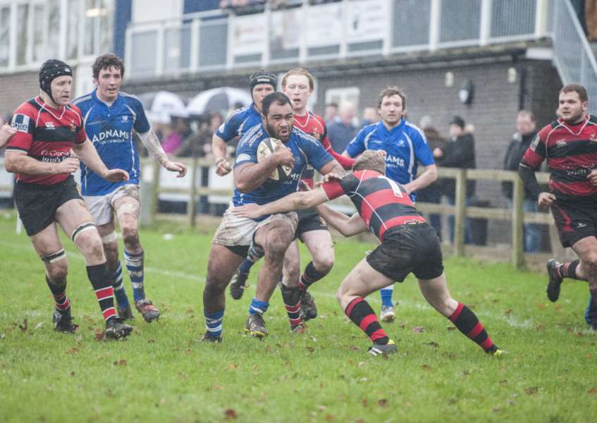 CRUCIAL VICTORY: Kimi Latu (pictured in action earlier this season) was among the tries for Diss at South Woodham