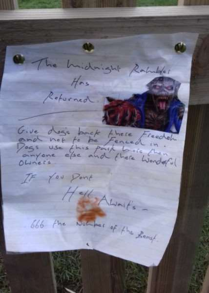 The letter by the 'Midnight Rambler' on the fence in Gaymers Meadow in Attleborough, Norfolk. Picture: Attleborough Town Council / SWNS.