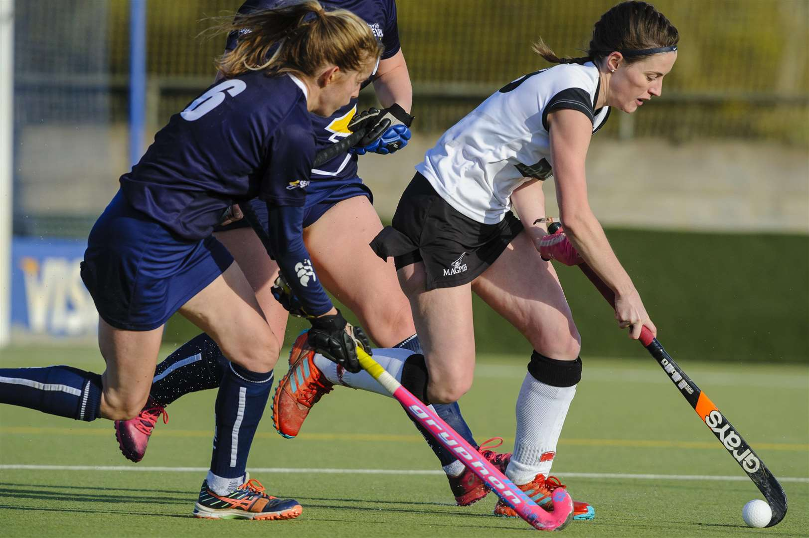 Weybread, Suffolk, UK, 03 November 2018..Hockey action from Harleston Magpies Ladies I v Ipswich, Lizzie Clymer. ..Picture: Mark Bullimore Photography. (5187840)