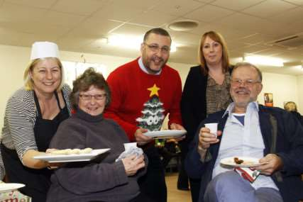 Diss Tesco store celebrates Christmas with free tasting sessions