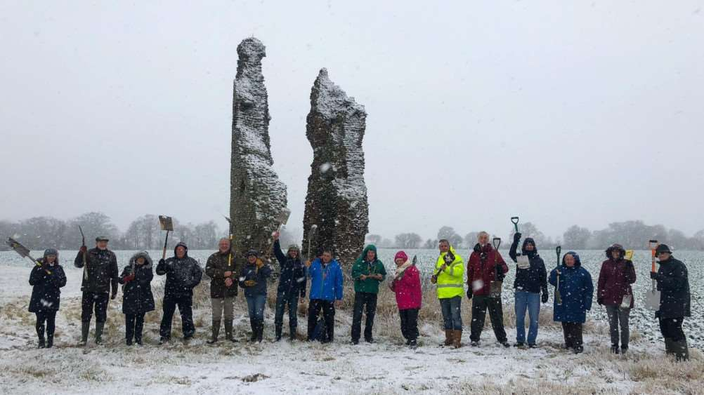 Volunteers braved the cold weather for B4RN East Anglia's 'Day of Spades'. The volunteer-run group will bring hyperfast broadband to Scole. Picture: Ralph Cochrane / Creative Grid.