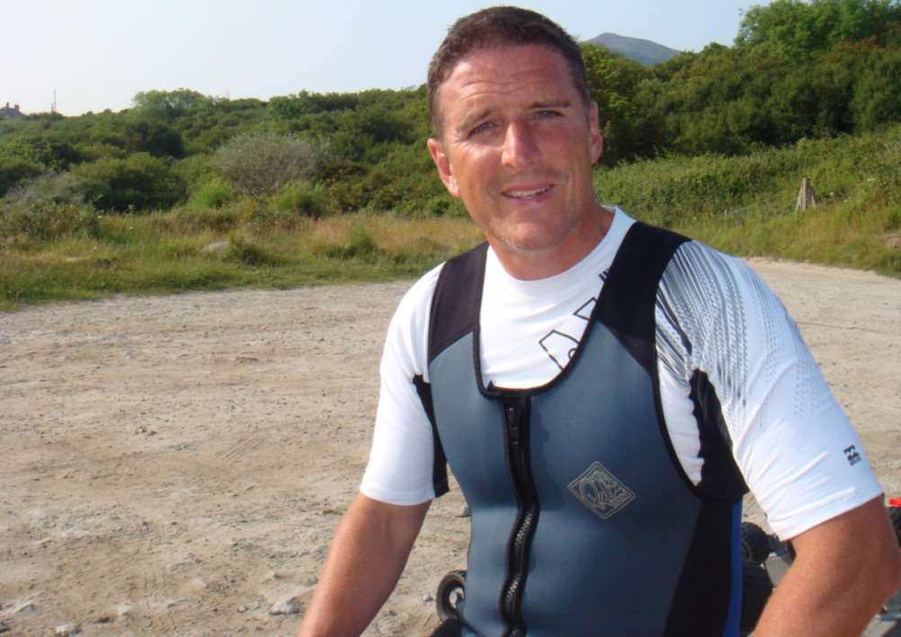 Iolo Williams ANL-150323-124806001