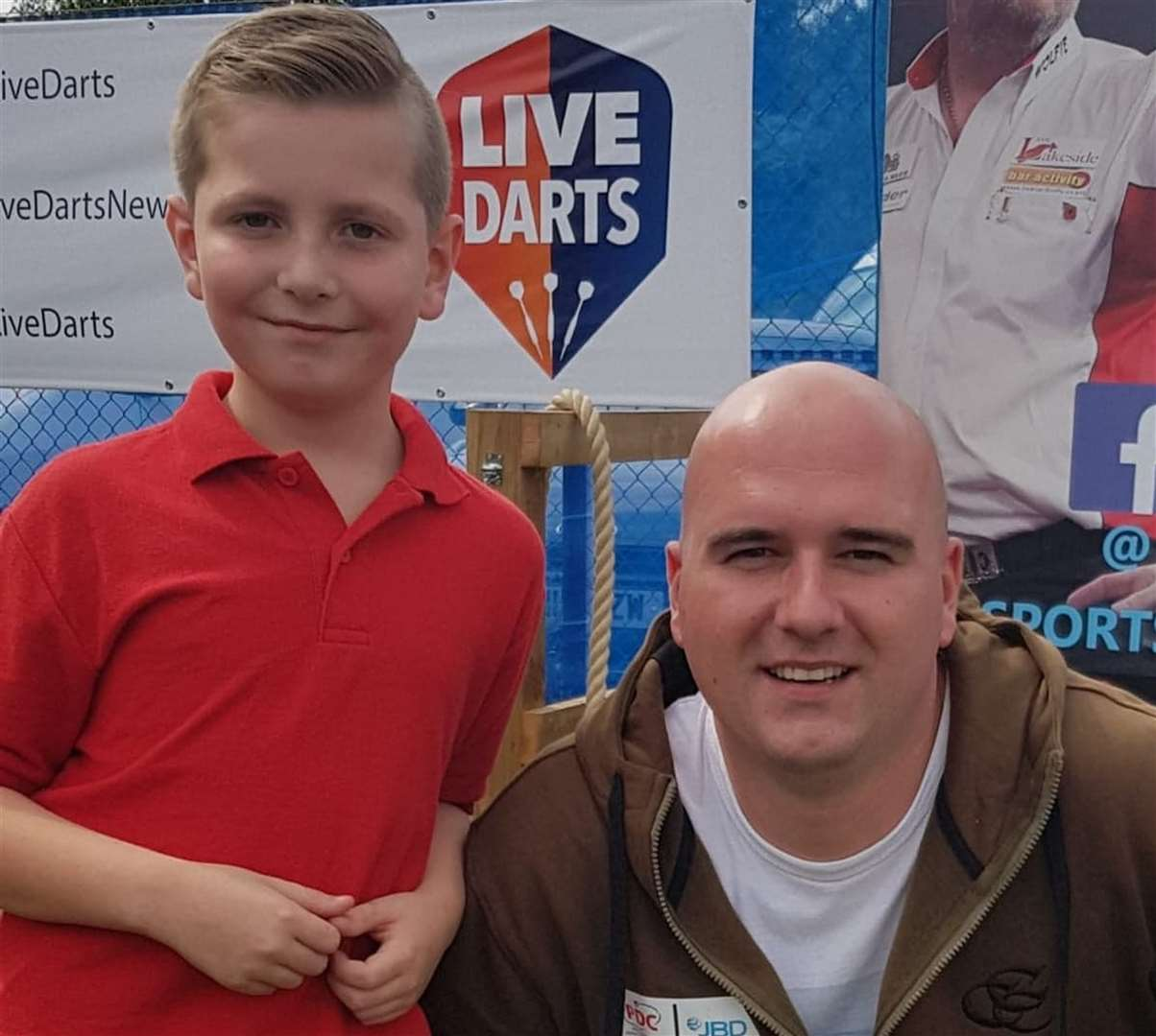 Harvey with Rob Cross, who will be among the favourites to lift the 2019 trophy.